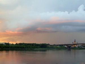 Фото заката, вид на Канавинский мост Нижнего Новгорода.